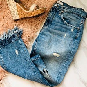❗️sale Zara Jeans raw hem ripped embroidered